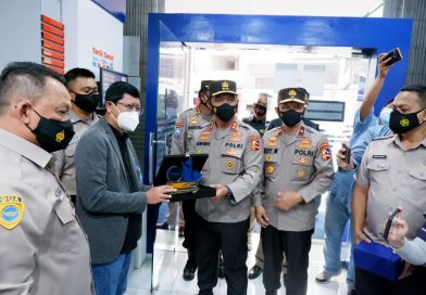 Tegas Ke Pelanggar Prokes, Polri Ganjar Satpam BRI Di Makassar Penghargaan