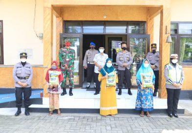 Forkopinda Bangkakan Dan Ditlantas Polda Jatim Lakukan Pemeriksaan Di Terminal Bangkalan